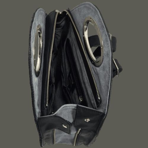 rugtas-zalmleer-zwart-zijkant-open-handgemaakt-hiptassen
