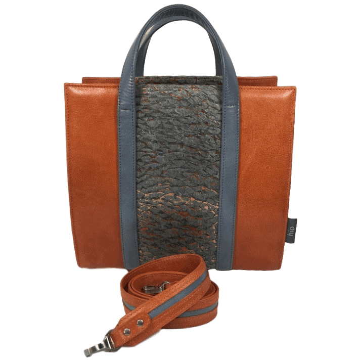 beugeltas-oranje-baars-visleer-met-schouderband-hiptassen-handgemaakt